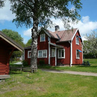 ny_hus_sommar-fast